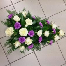 Neilikat hautalaite